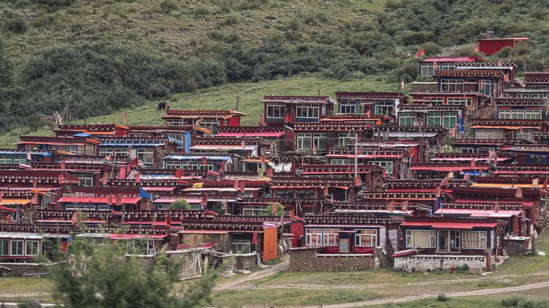 sichuan tibet village