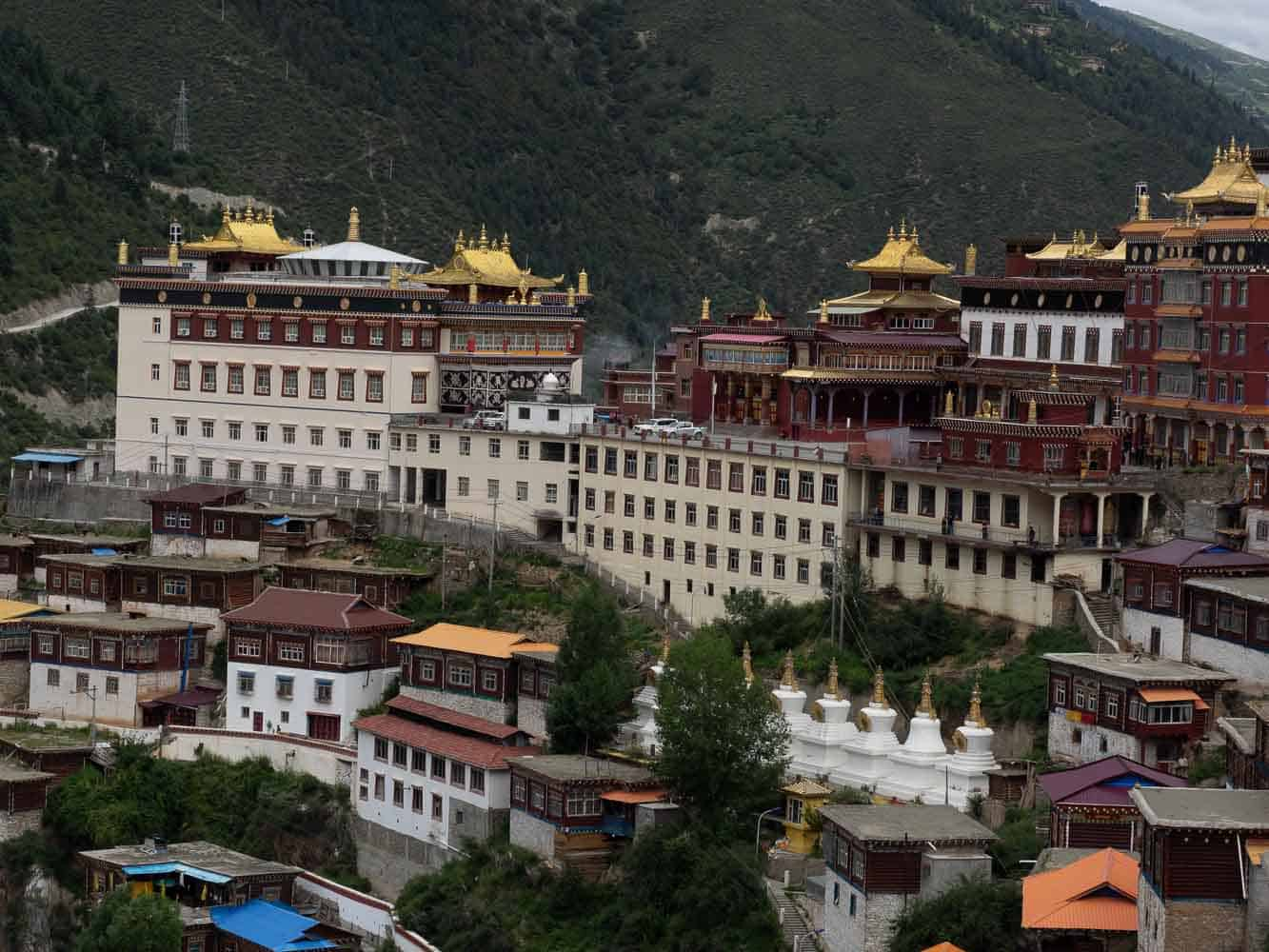 Pelyul Monastery sichuan