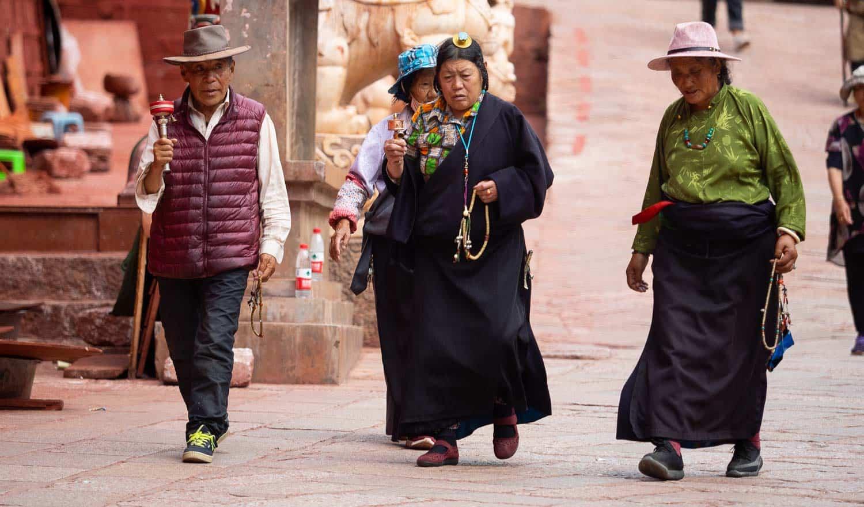 tibetans dege sichuan