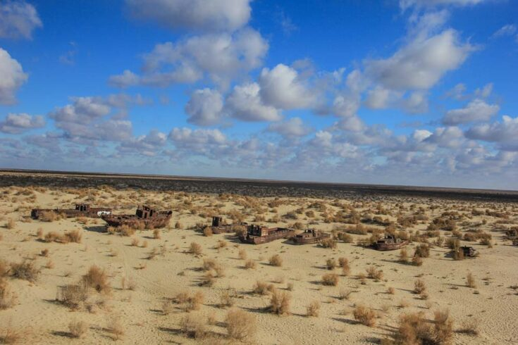 ship grave yard aral sea uzbekistan