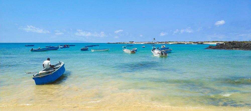 Comoros boats